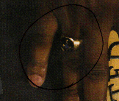 Obamas Lucky Charms: A Ring That Says There Is No God Except Allah Obamas Masonic Ring Closeup