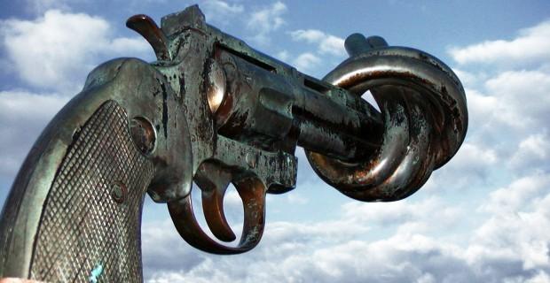 Gun-Statue.jpg