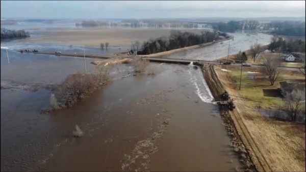 """Catastrophic Flooding In The Midwest Could Last """"For Months"""