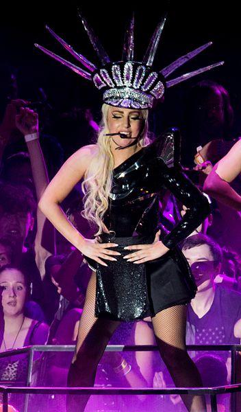 Lady Gaga - Symbol Of The Modern American Woman