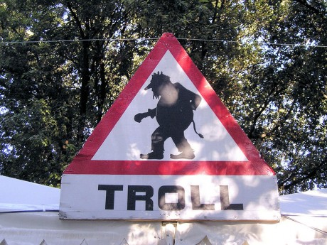 Troll Warning - Photo by Gil